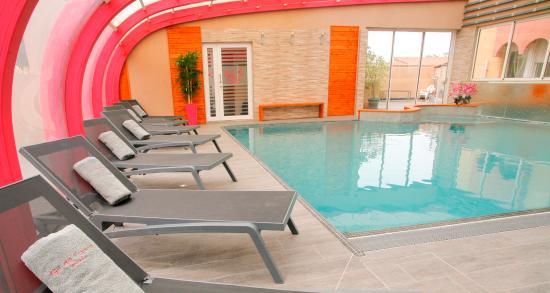 Gil de france hotel cap d 39 agde voir les tarifs 211 for Piscine agde tarif