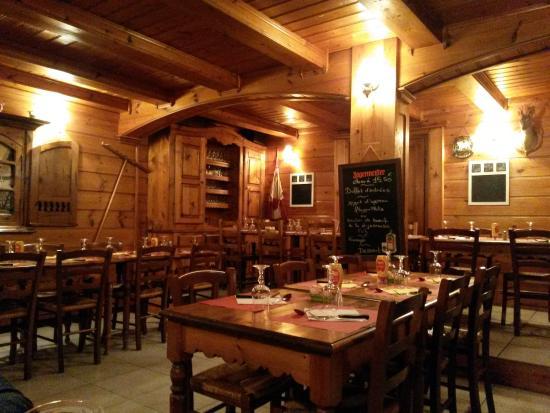 Saint-Jean-de-Belleville, Francja: Restaurant