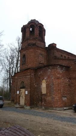 Lomonosov, Russia: Церковь Троицы Живоначальной на Троицком кладбище
