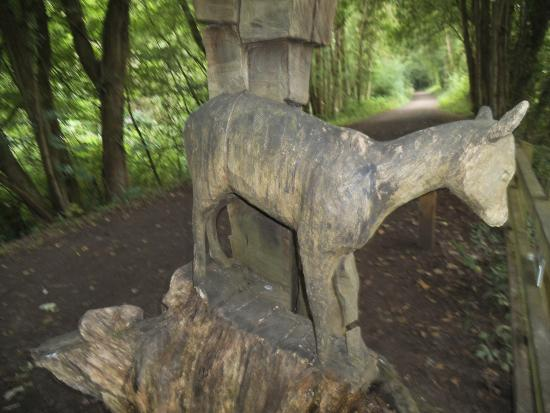 Tintern, UK: Carved statue