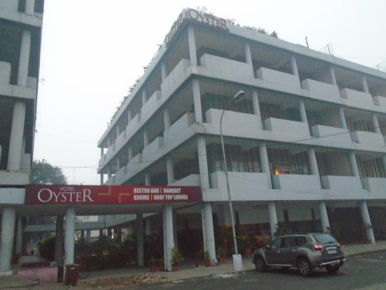 Hotel Oyster Photo