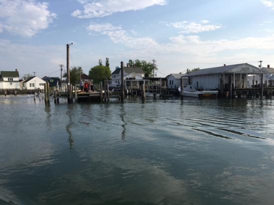 Tangier Island, VA: Tangier Watermen's way of Life on the Chesapeake Bay