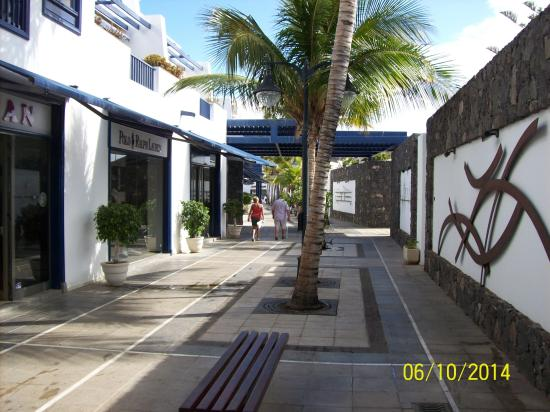 some of the shops in puerto calero - Picture of Walk from Puerto del Carmen t...