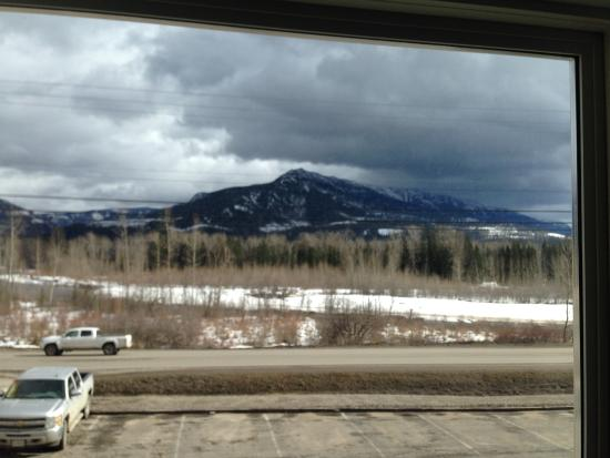 Super 8 Fernie: room with a view