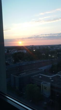 Ibis Berlin Spandau: Sonnenaufgang über Spandau