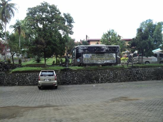 the top 10 things to do near rumah makan raja oci manado
