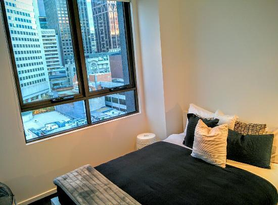About Melbourne Apartments: 1 / 2 B R  A P a R t m E n t  1 0 0 8  T H E  NO V A