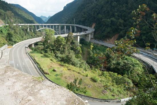 Kelok Sembilan Hanya Jembatan Bukan Objek Wisata