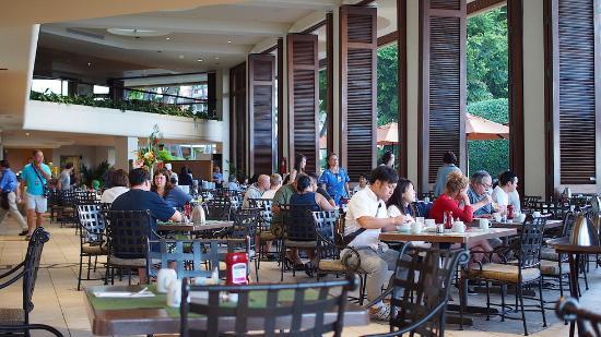 Hilton Hawaiian Village Waikiki Beach Resort Breakfast Place
