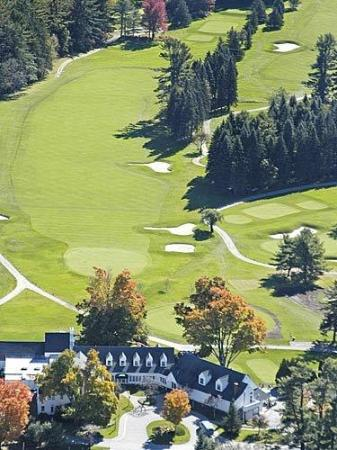 Lake Sunapee Country Club: Clubhouse