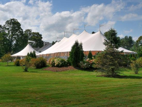 Lake Sunapee Country Club: Tent for Special Events