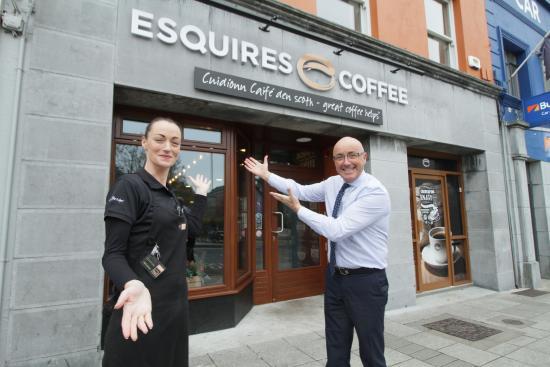 Esquires Cafe