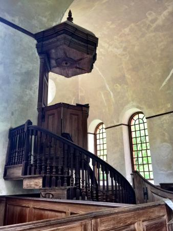 Irvington, VA: Three tiered pulpit.