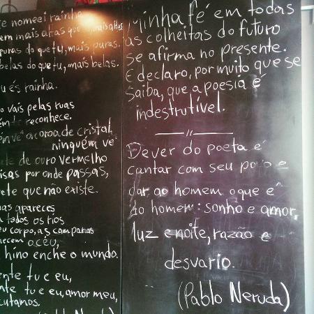 Vicosa, MG: Poema de Pablo Neruda