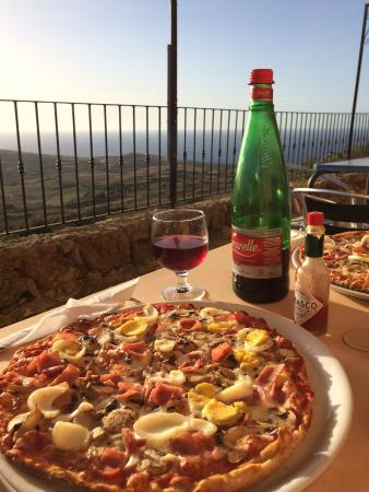 Francesco's: Epic view from a terrace!