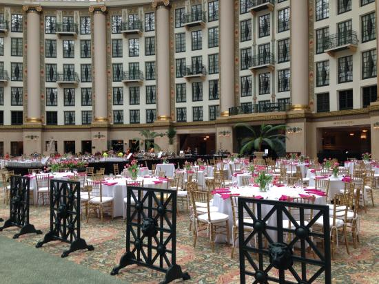 West Baden Springs, IN: Brunch set in the atrium also shows rooms looking out