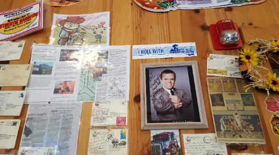 Cloverdale, CA: A wall with comment cards and celebrity visitors.