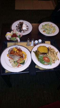 Embassy Suites by Hilton Columbus: Room service a meal to rival any