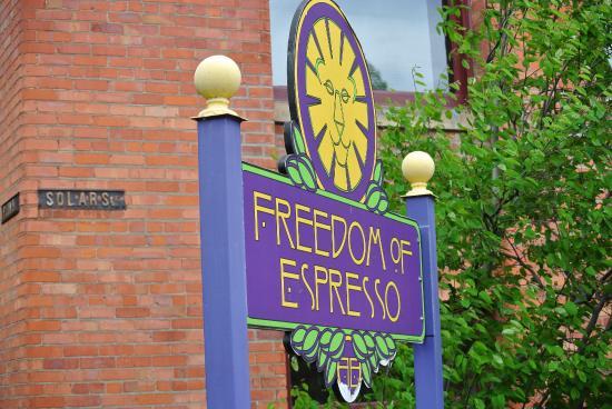 Sampling Syracuse Food Tours: Freedom of Espresso