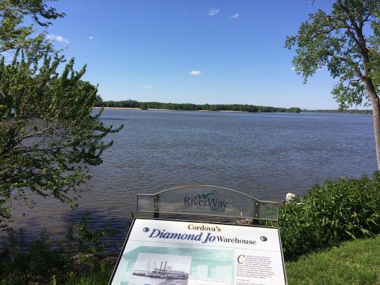 Illinois: Cordova, IL