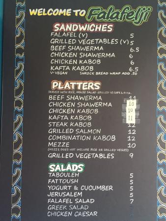 Lyons, إلينوي: مطعم صغير ولكن اكله حلو فلافل وشاورما و لحمد ودجاج ومقبلات