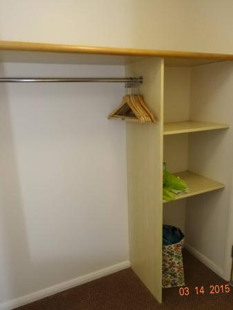 Five Oaks, UK: Enough room to store things.