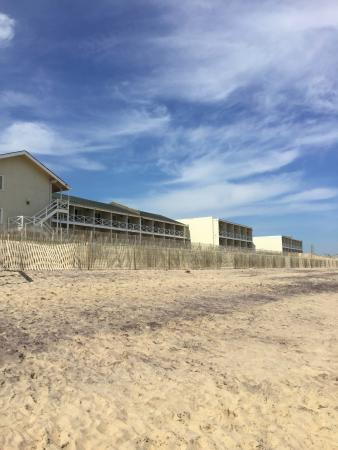 Royal Atlantic Beach Resorts: dirty sand