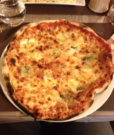 Taverne St Veran: 4 Fromages -> Valeur Sûre !