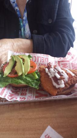 Photo of Fast Food Restaurant Smashburger at 7610 Hazard Center Dr, San Diego, CA 92108, United States