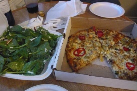 Village Pizzeria: Spinach salad and gluten-free pizza