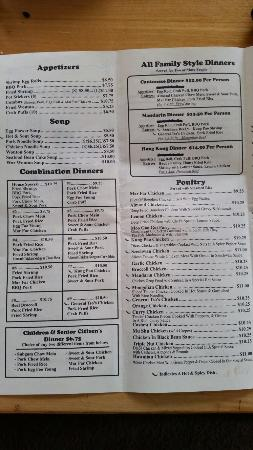 Reedsport, Oregon: Photos of the menu for those who want to call in their to go orders :)
