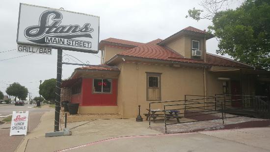 Stan's Main Street Grill