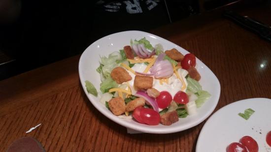Outback Steakhouse: Side Salad