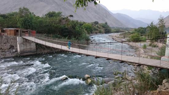 Puente Colgante de Catapalla