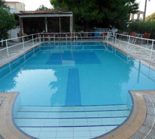 Appartment Reviews: Stefanos Studios And Apartments (Svoronata, Greece