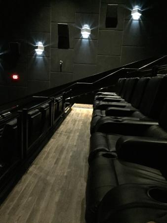 reserve seating theater chairs picture of landmark. Black Bedroom Furniture Sets. Home Design Ideas
