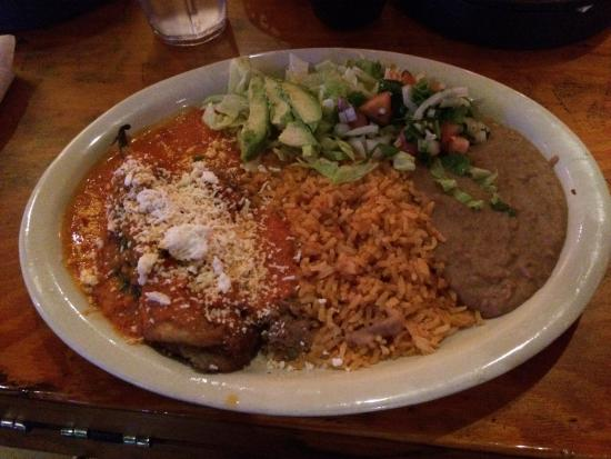 Amelia's Cocina Mexicana: Chile Relleno not too great