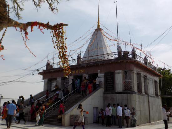 Maihar, Индия: At Sharda Temple