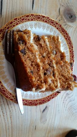 Velocity Cafe & Bicycle Workshop : Carrot cake