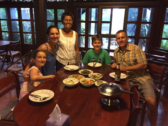 Thai House: The best possible experience you can have in Thailand. Perfect for families and foodies. Experie