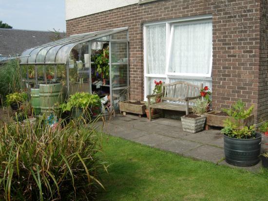 Dollar, UK: Garden for guest use