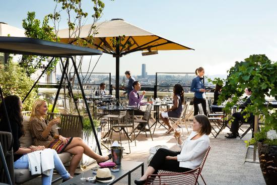 Photo of Nightclub Terrass'' Bar at 12-14 Rue Joseph De Maistre, Paris 75018, France