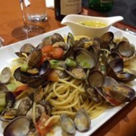 Grâce-Hollogne, เบลเยียม: spaguettis vongole