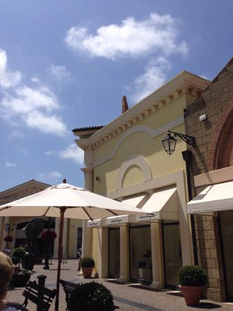 Castel Romano outlet - Picture of Castel Romano Designer Outlet ...