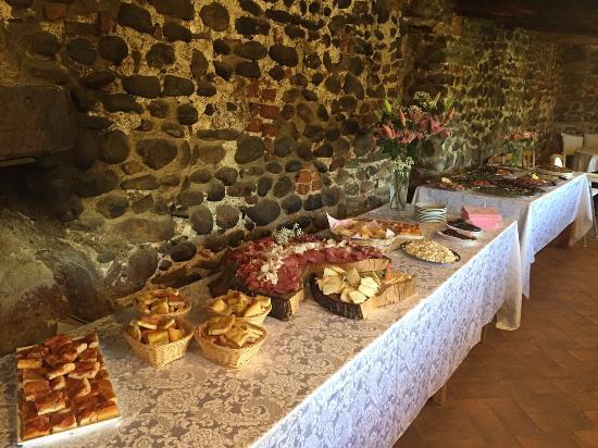 la cucina del sole onlus monastero di torba buffet_antipasti