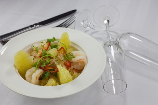 Hanoi Pearl Hotel: Grape fruit salad with prawns