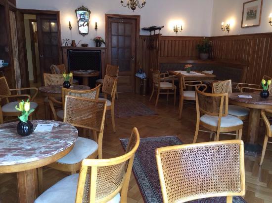 Vechta, Deutschland: Service, Brot, Gebäck und Kuchen: Einfach spitze!