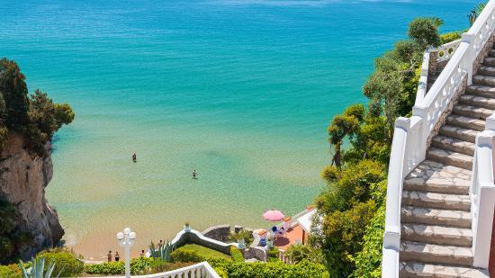 Terrazze e giardini a picco sul mare - Picture of Grand Hotel Le ...