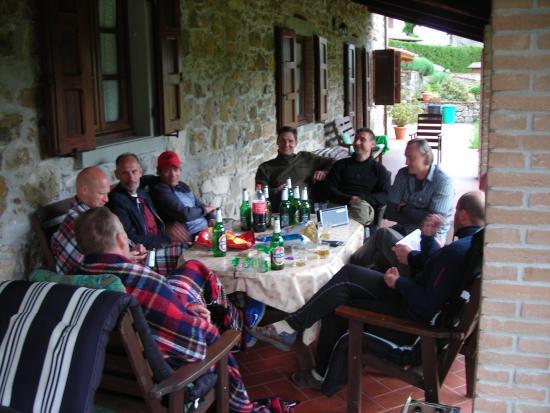 Camporgiano, อิตาลี: Five o'clock drinks