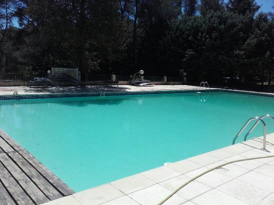 piscine avant la saison picture of l 39 escale fleurie On piscine fuveau